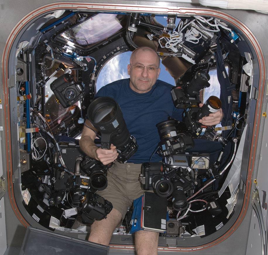 Nikon-gear-in-space
