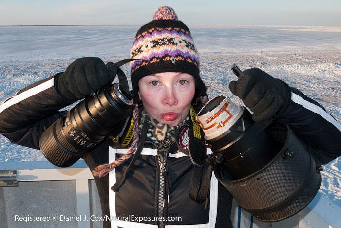 Frozen-Nikon-600mm-f4-lens-broken-in-half